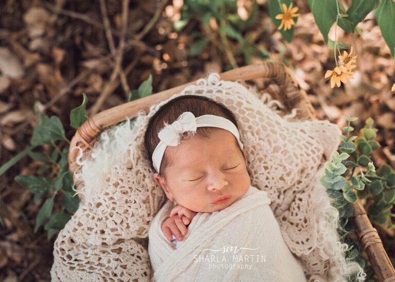 newborn outside photo