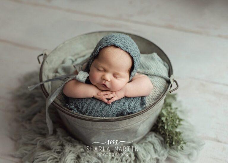 austin newborn photos in prop
